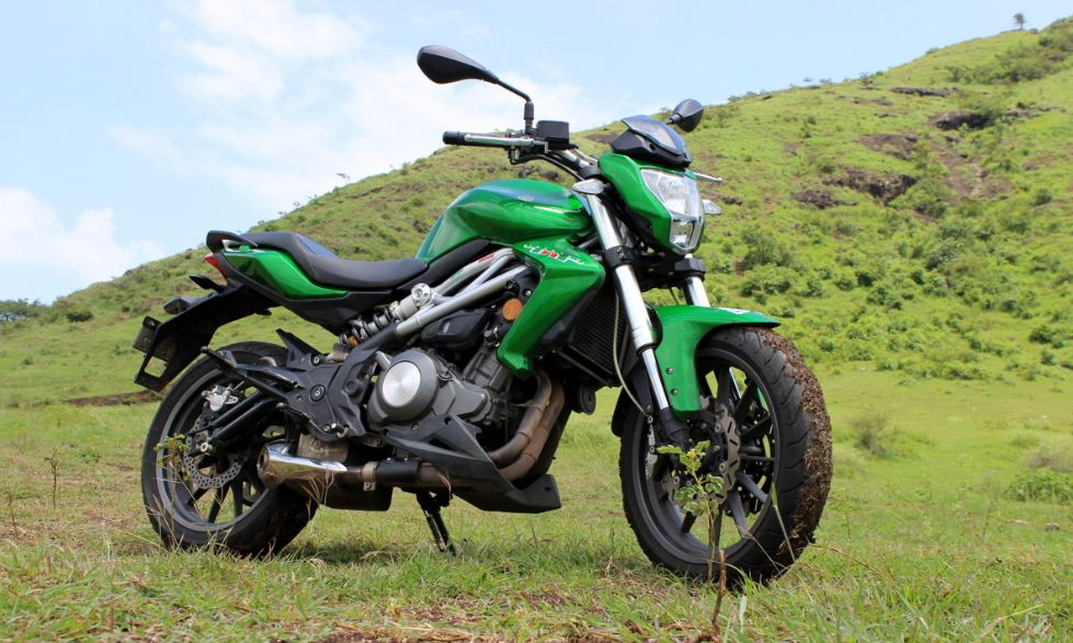DSK Benelli TNT 300 Bike Price