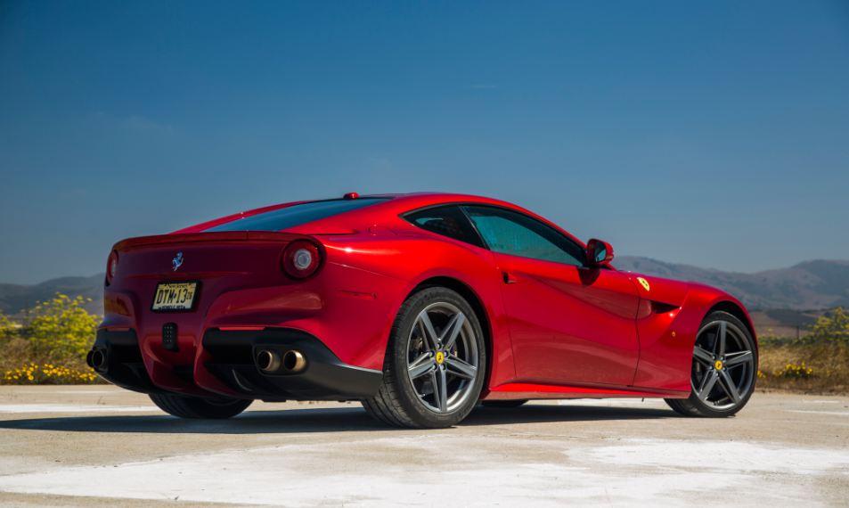 Ferrari F12 Berlinetta Sport Cars 13