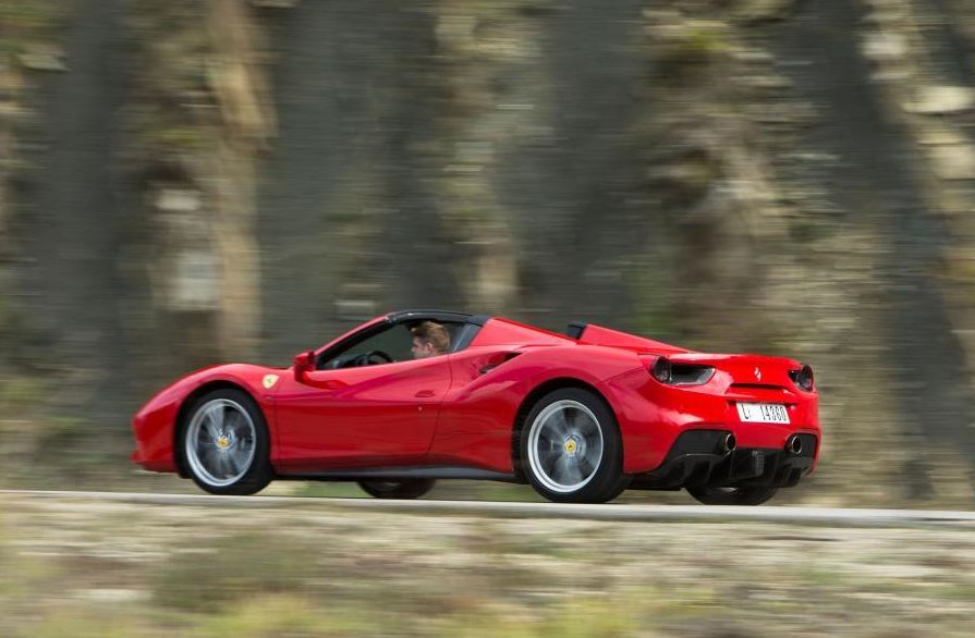 Ferrari 488 Spider Sports Car 17