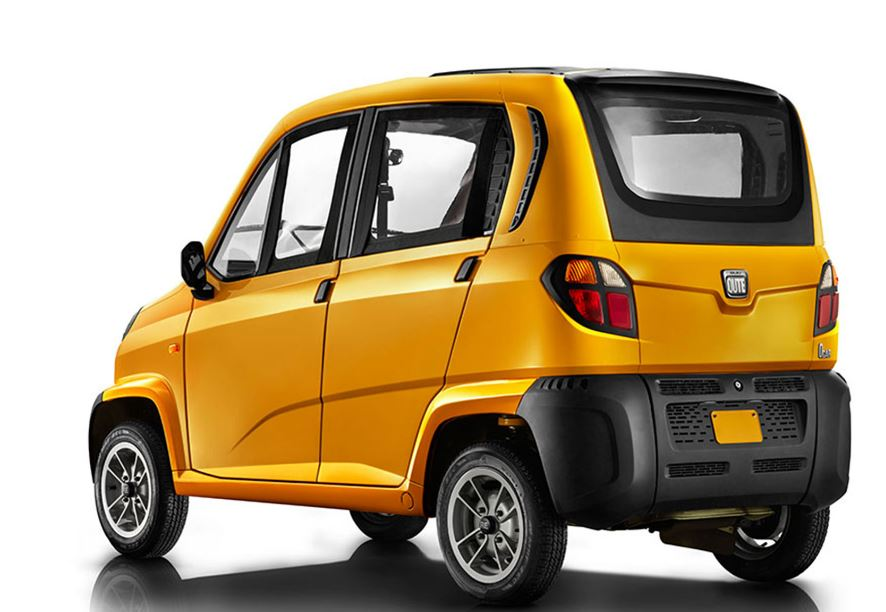 Bajaj Qute RE60 Small Car color 5