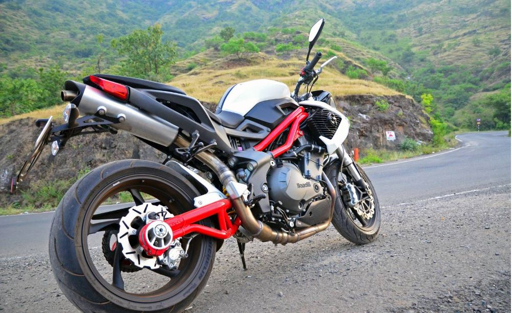 DSK Benelli TNT 899 Sports Bike 16