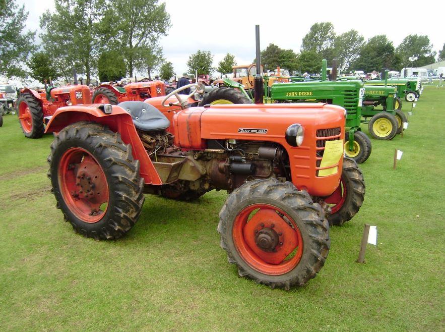 HMT (Hindustan Machine Tools) Tractors
