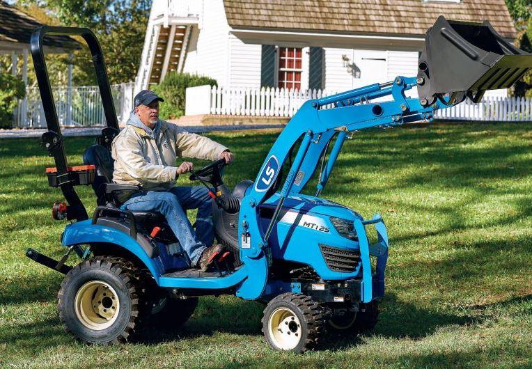 LS MT122 Tractor