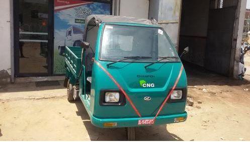 Mahindra Champion Load CNG Three Wheeler 5
