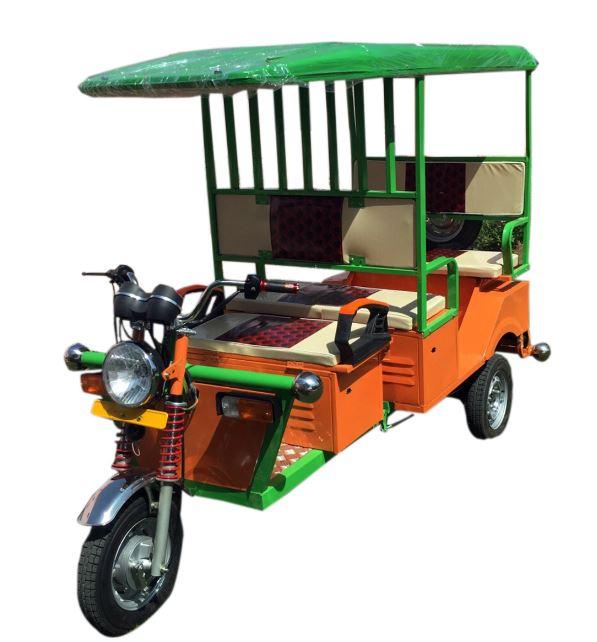 Mayuri Passenger Delux Electric Rickshaw Price