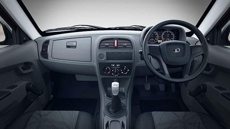 TATA Xenon Pickup interior