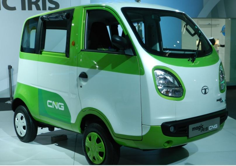 Tata Magic Iris CNG Auto 2
