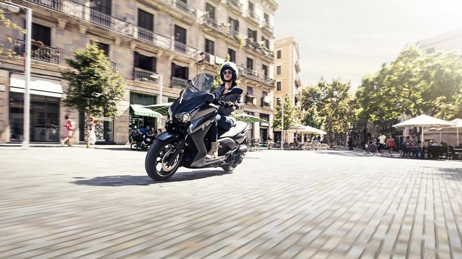 Yamaha X Max 125 Scooter Overview