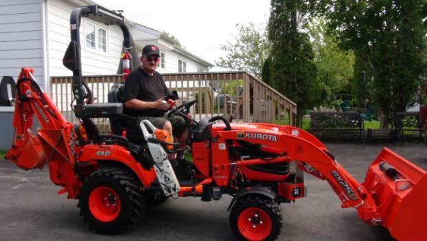 Kubota BX25D tractor Price