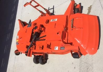 Kubota B2650 Tractor Mid Mount Mower