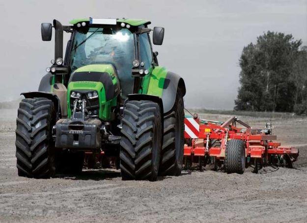 DEUTZ-FAHR 7250 TTV Agrotron Tractor