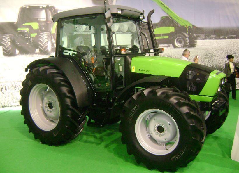 DEUTZ-FAHR Agrofarm 420 Tractor