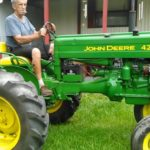 John Deere 420 Tractor specifications