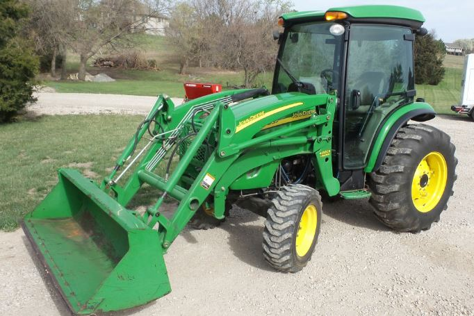 John Deere 4720 Tractor Specifications