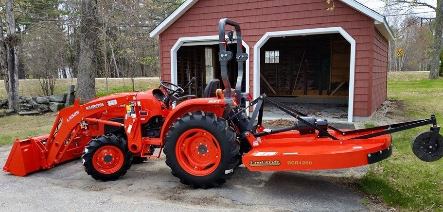Kubota L3301 Compact Tractor specs