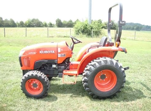 Kubota l3200 Compact Tractor features