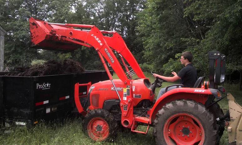 Kubota l3200 Compact Tractor specs