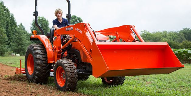 L2501 Kubota Compact Tractor attachments specs