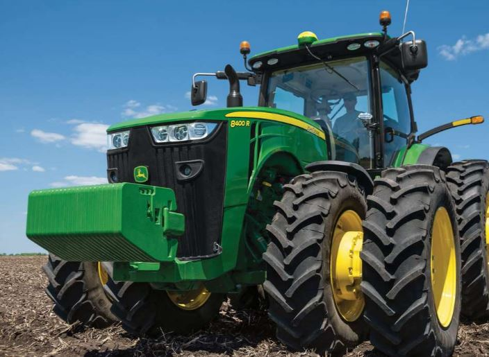 John Deere 8400R Wheel Tractor